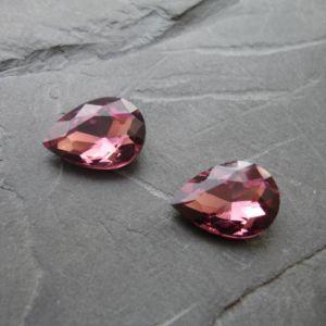Skleněný broušený kamínek 10x14mm - fialovorůžový