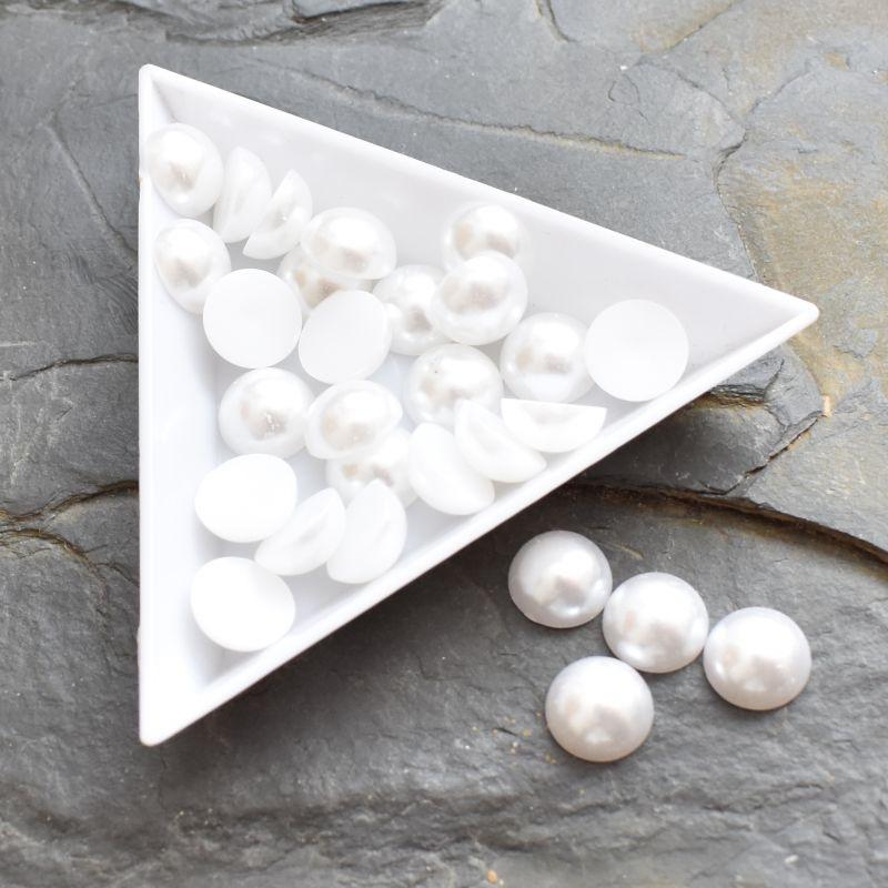 Plastové půlperle cca 10mm - bílé - 20 ks