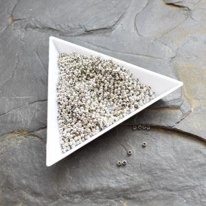 rokajl zamačkávací kulatý 2 mm - platinový - 100 ks