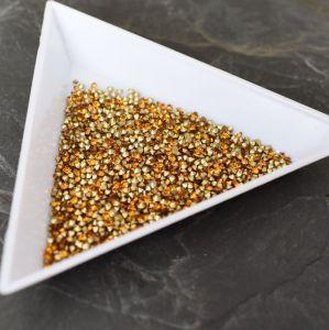 Skleněné šatony cca 1,4 - 1,5 mm - oranžovohnědá - 50 ks