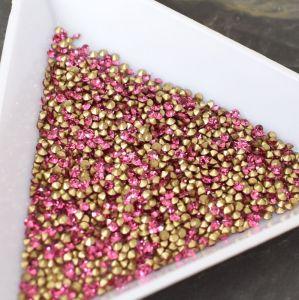 Skleněné šatony cca 1,4 - 1,5 mm - růžové syté - 50 ks