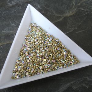 Šatony cca 2,7 - 2,8 mm mm - čiré AB - 50 ks