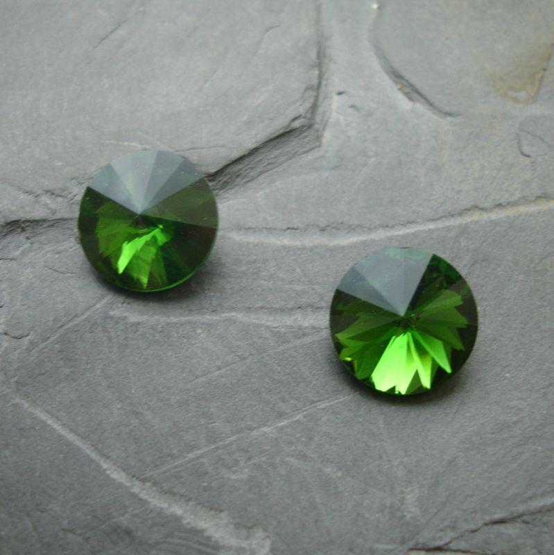 Skleněný broušený kamínek rivoli 12mm - zelený - 1 ks