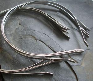 Čelenka 4mm vp. 110mm - platinová - 1 ks