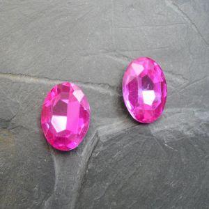Skleněný broušený kamínek ovál 25 mm - růžový sytý - 1 ks