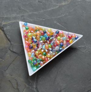- Plastové korálky cca 4mm - mix barev - 100 ks